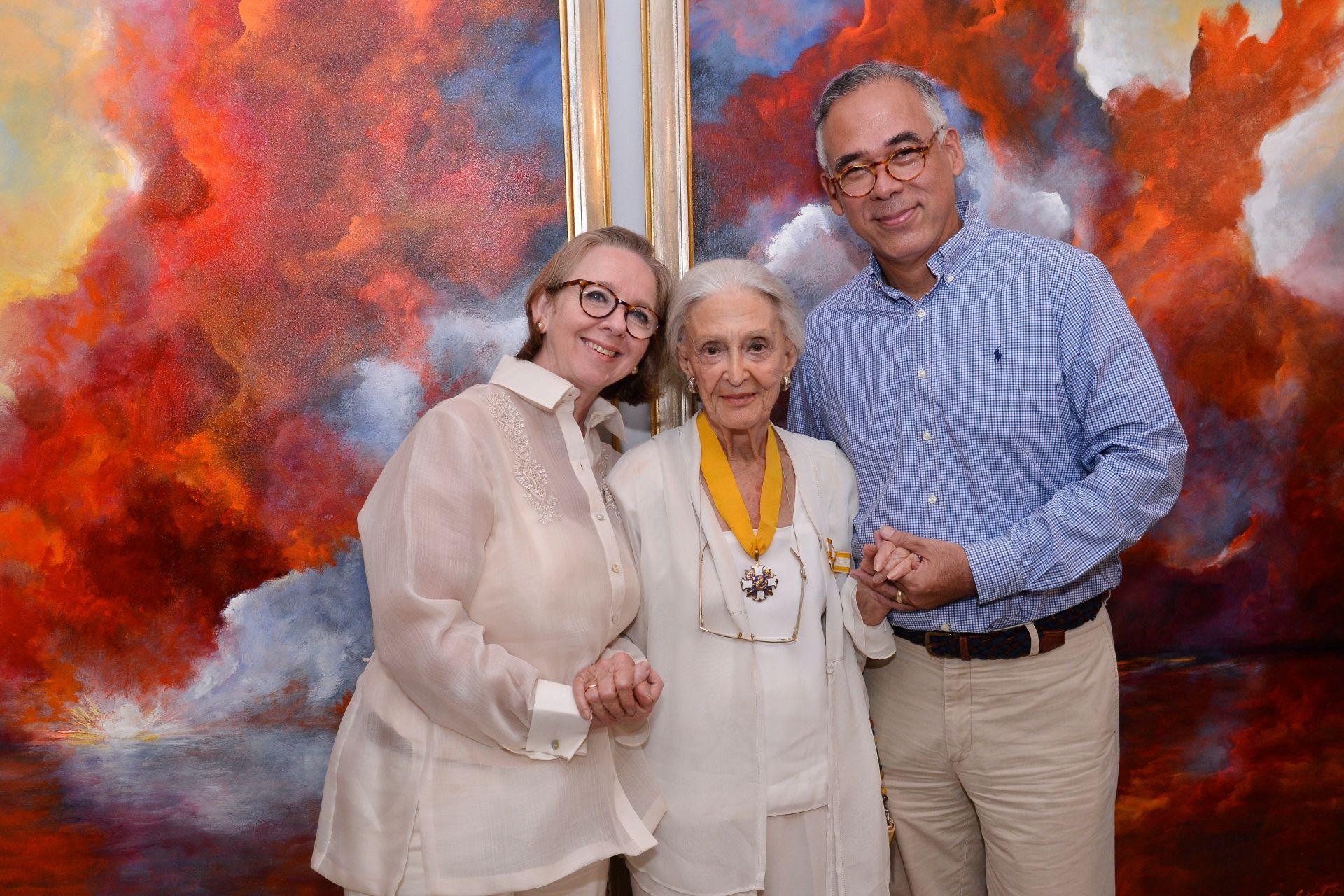 Denise Weldon-Minana, Betsy Westendorp, and Architect Manny Minana