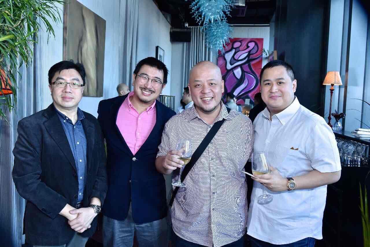Sin Wang Chi, Michael Young, Lloyd Chua and Bobby Tenchavez