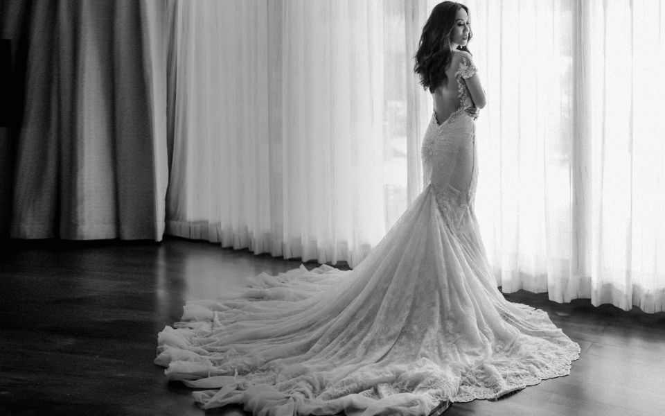 Arianne Kader dons a Galia Lahav gown as she weds Martin Cu in Shangri-La Boracay, the place where they shared their first kiss