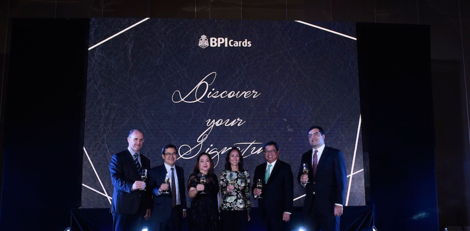 Visa Country Manager for the Philippines and Guam Stuart Thomson, BPI's EVP Mon Paterno, Credit Cards Head Jenny Lacerna, Head for Unsecured lending Jojo Ocampo, CEO and President Cesar Consing, Visa Business Development head Dan Wolbert