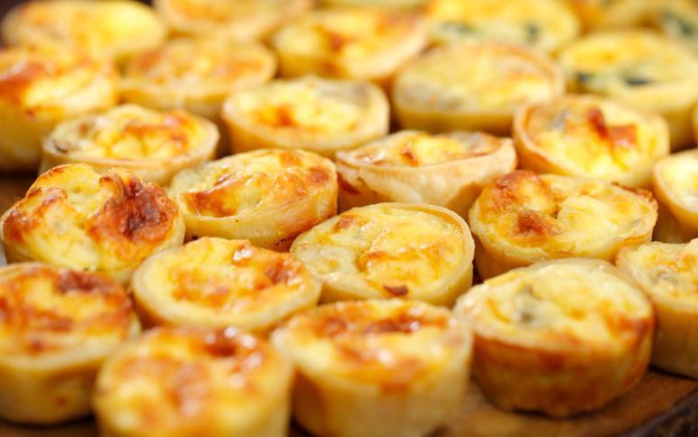 Assorted quiche ham and cheese quiche, vegetable quiche and mushroom quiche
