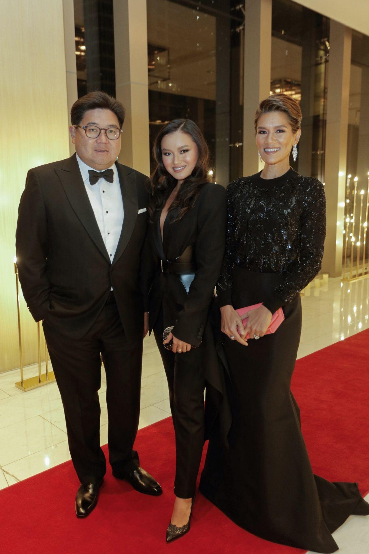 Anton, Nikki and Nina Huang