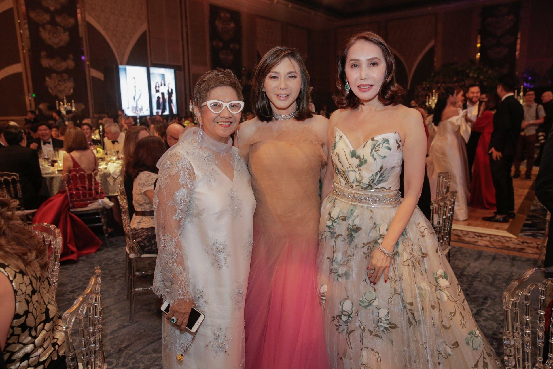 Susan Joven, Dr. Vicki Belo, Agnes Huibonhua