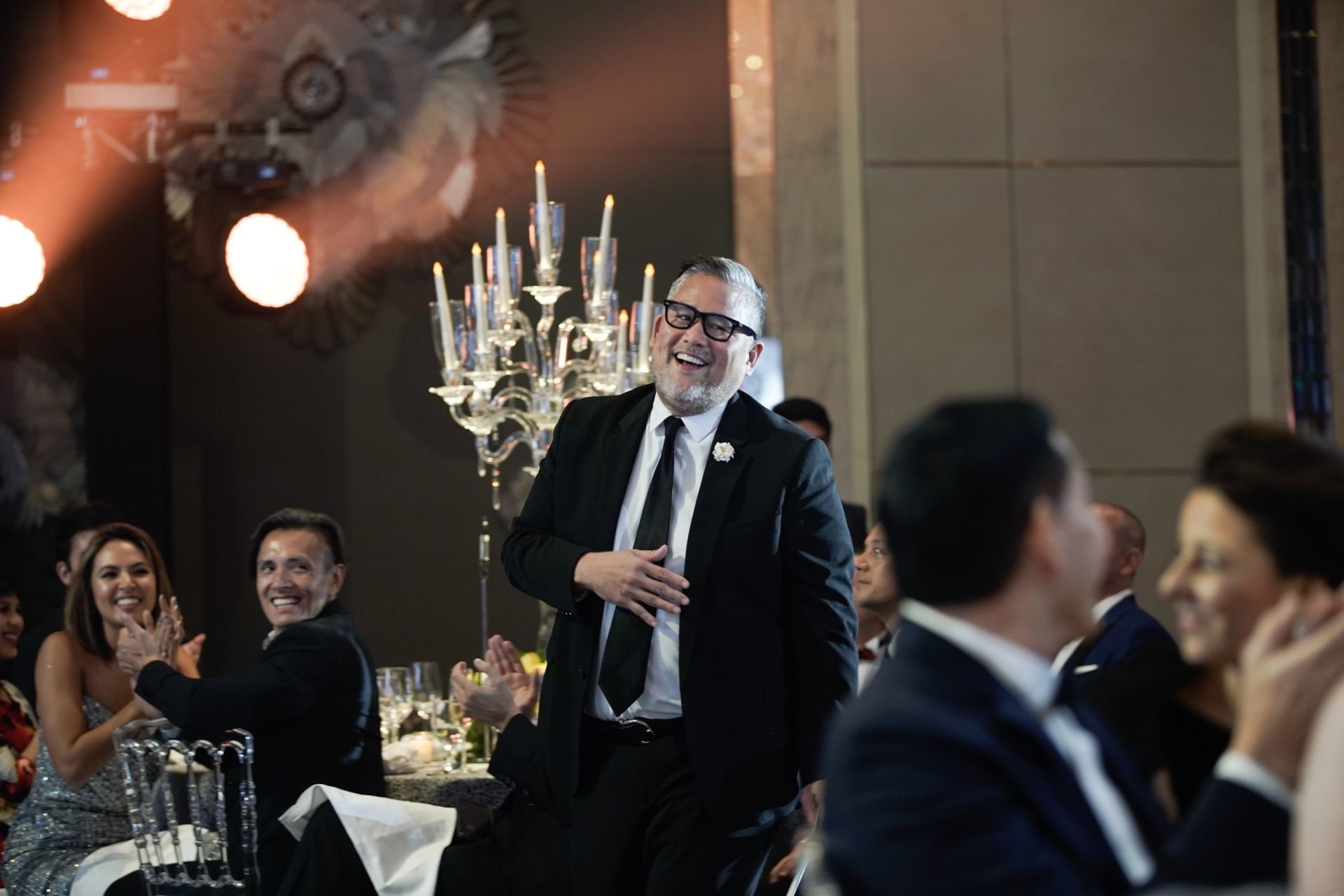 Rajo Laurel makes his way to the stage to receive his award as Most Creative Force 2018 | He received a staycation package courtesy of Shangri La Boracay.