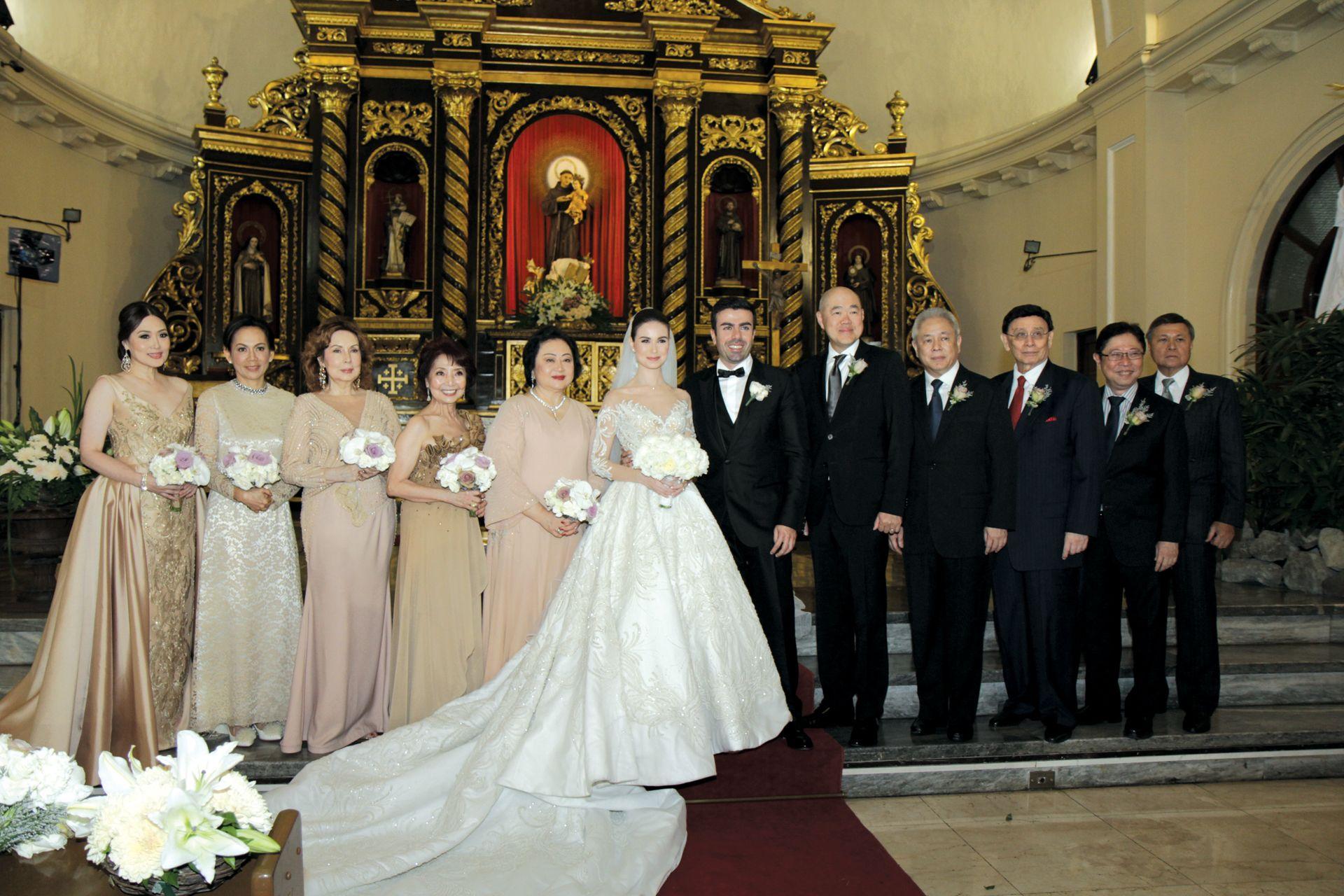 Principal Wedding Sponsor Gowns: Love Conquers All: Rima Ostwani And Jay Najiar Wedding