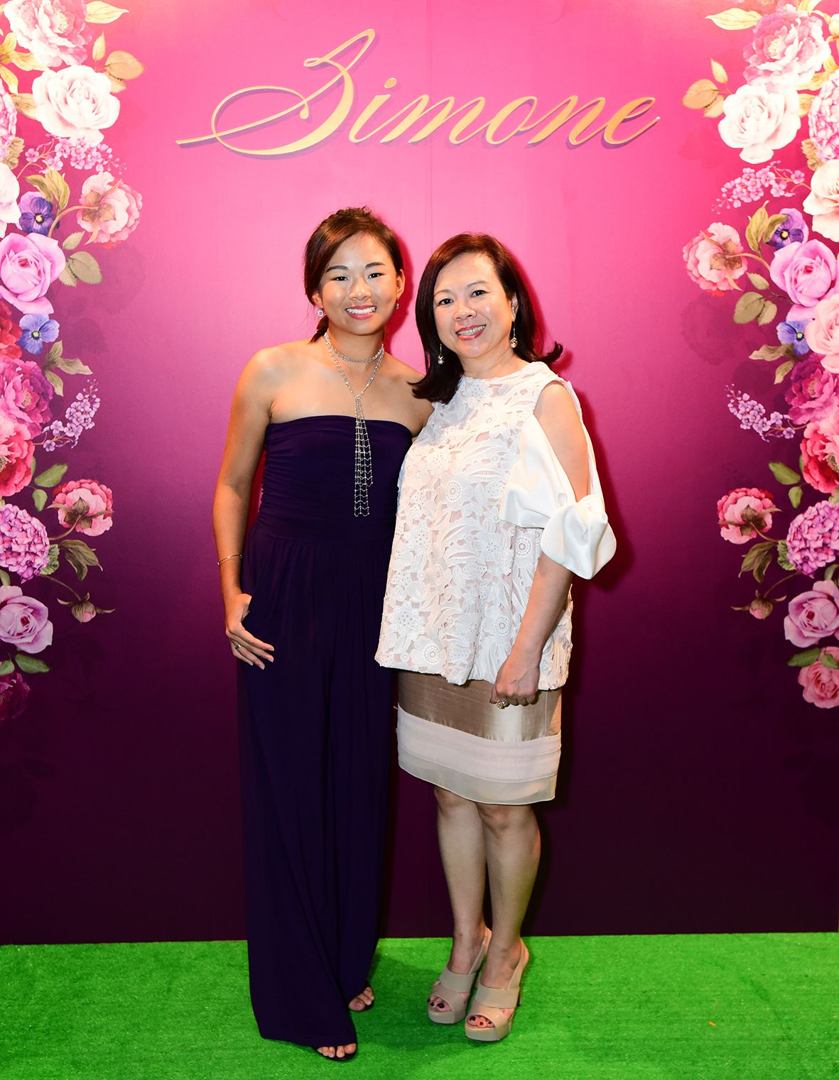 Crystal Chiang, Esther An