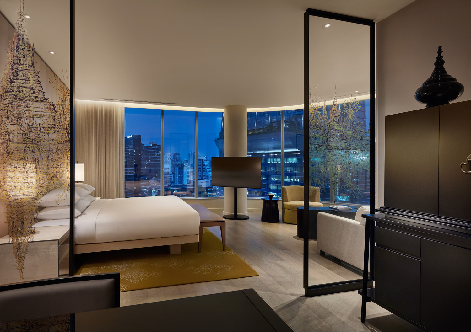 The Park deluxe corner room at Park Hyatt Bangkok
