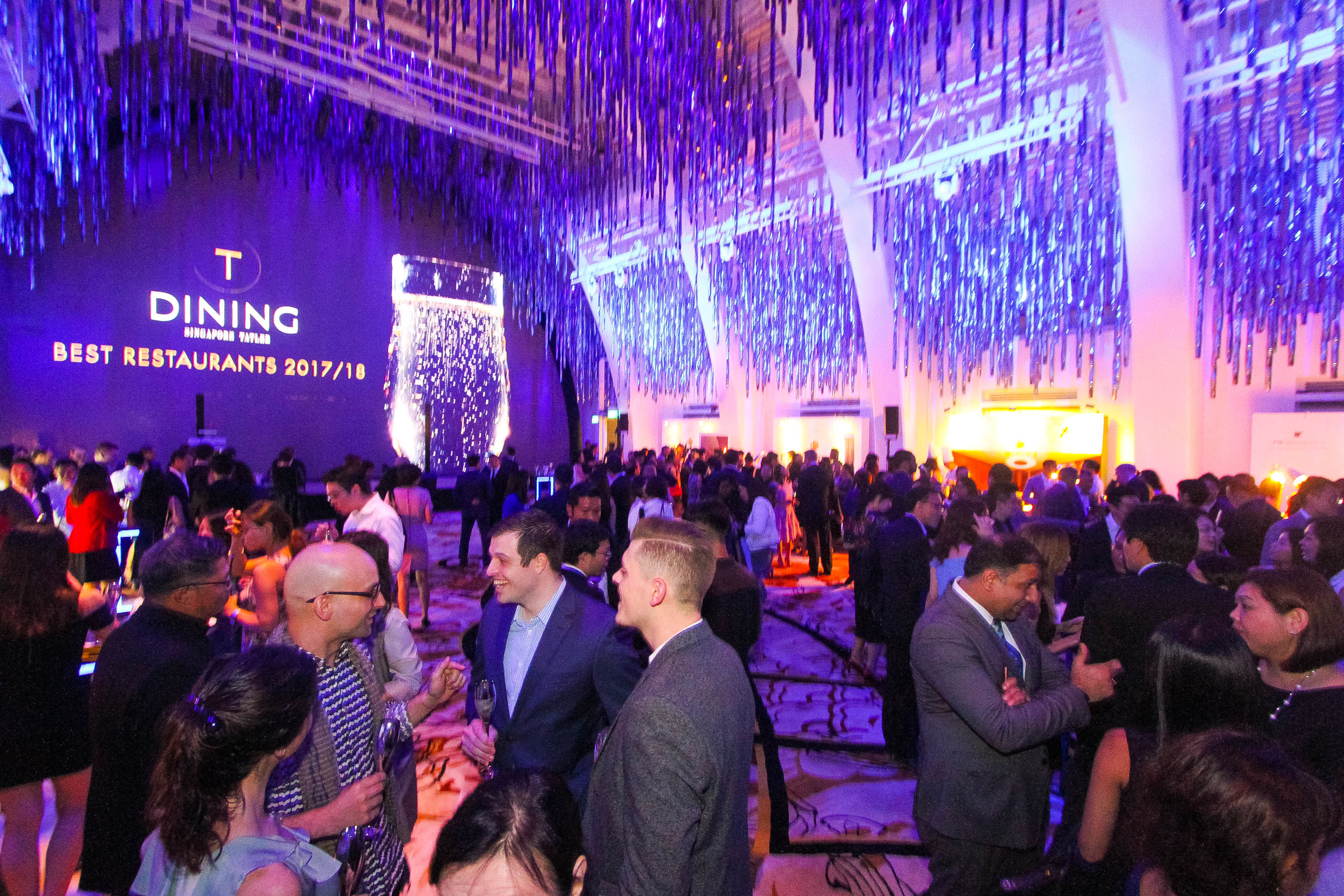 The night is bright with the industry's best chefs, gourmands and F&B elites gathered for the launch of the T.Dining Singapore Best Restaurants 2017/18
