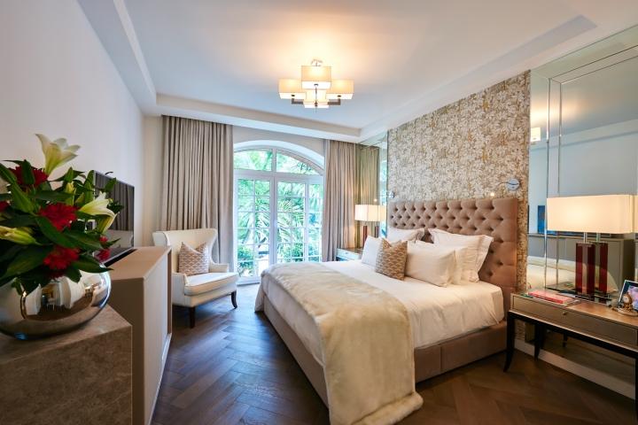 Design Intervention partner Andrea Savage's bedroom