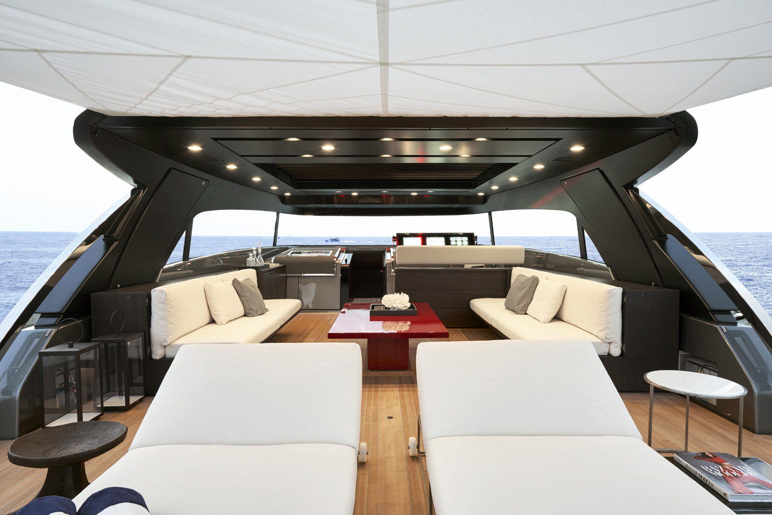 Sanlorenzo SX88 yacht designed by Piero Lissoni