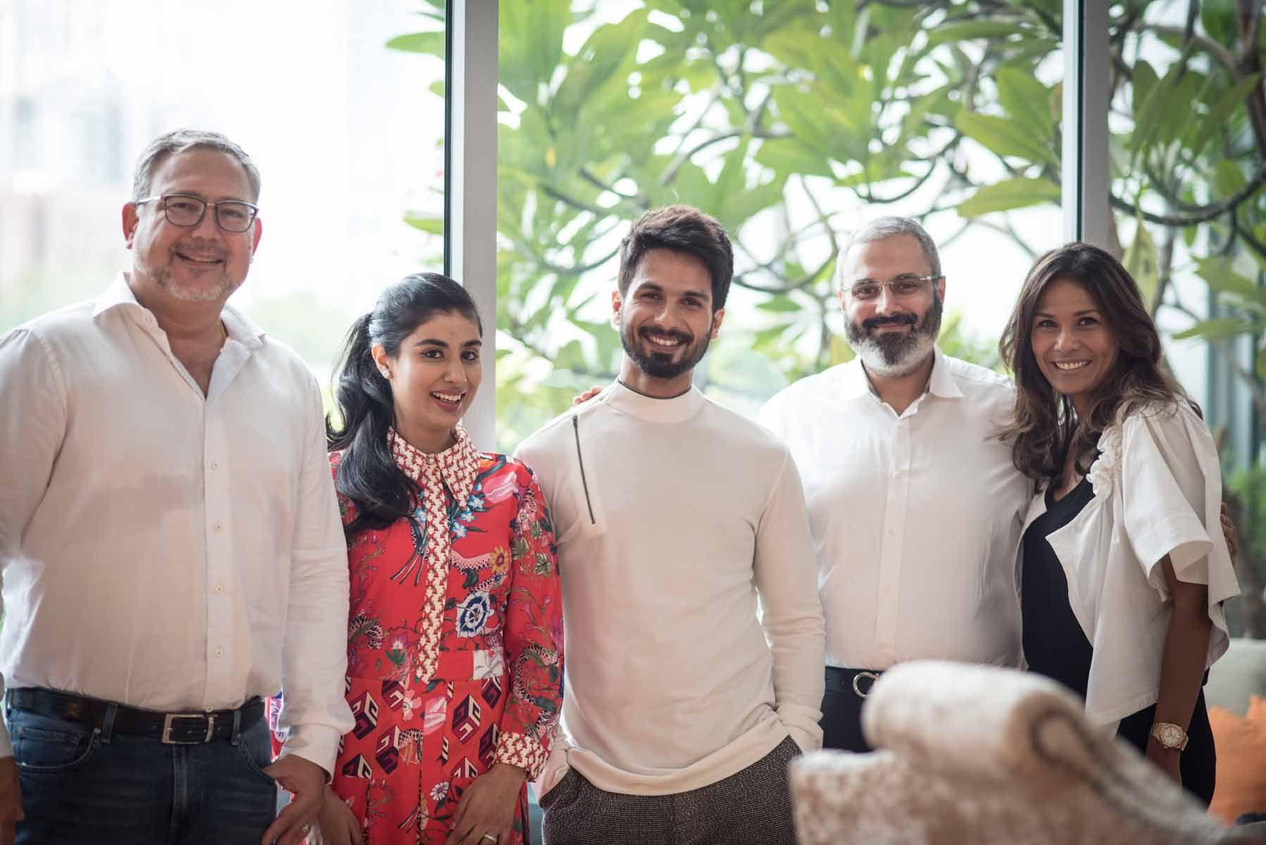 Oliviero Bottinelli, Nayantara Dhillon, Shahid Kapoor, Gurpreet Dhillon, Chin Bottinelli