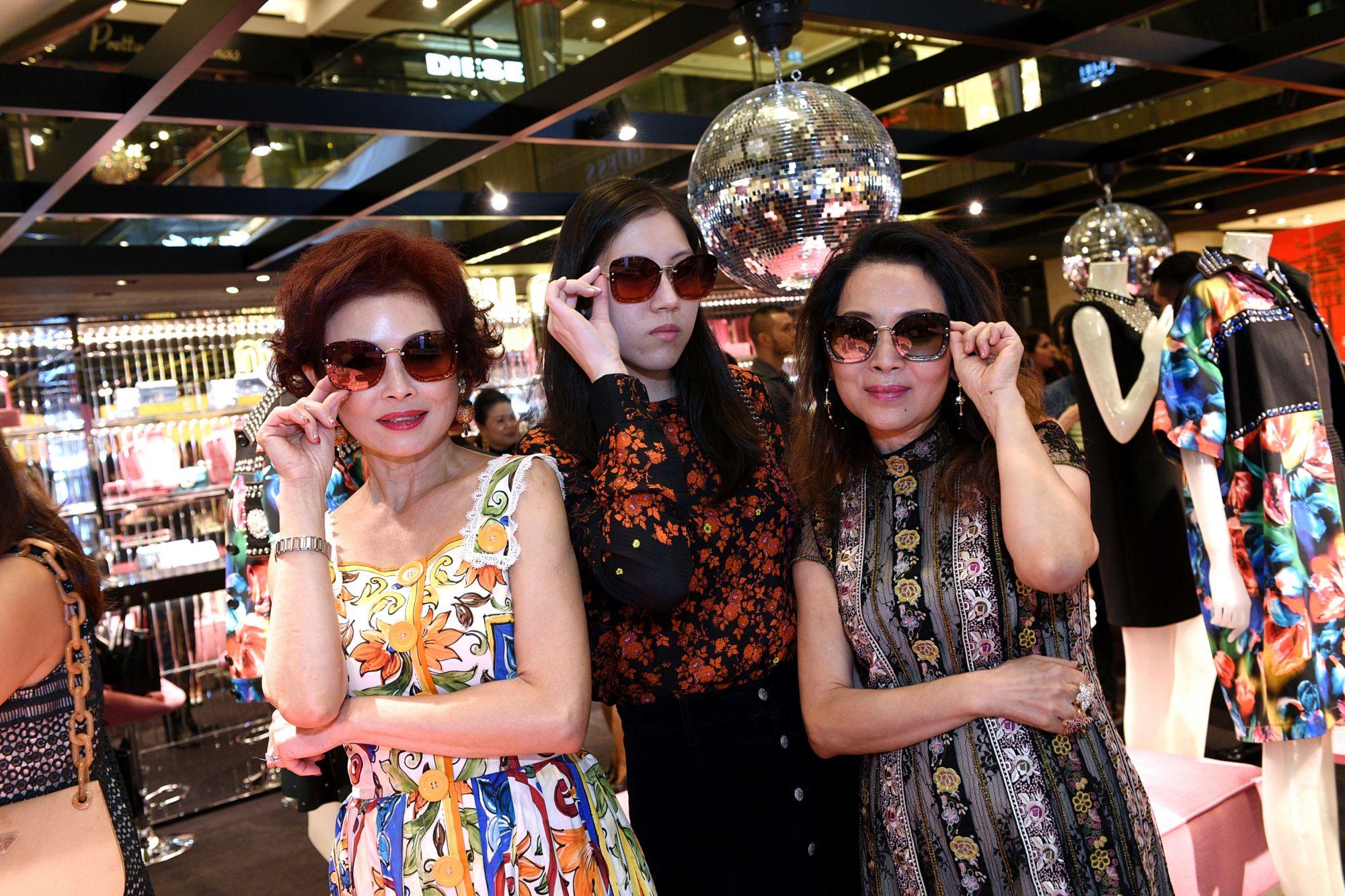 Linda Soo-Tan, Zeena Tan, Joyce Ang