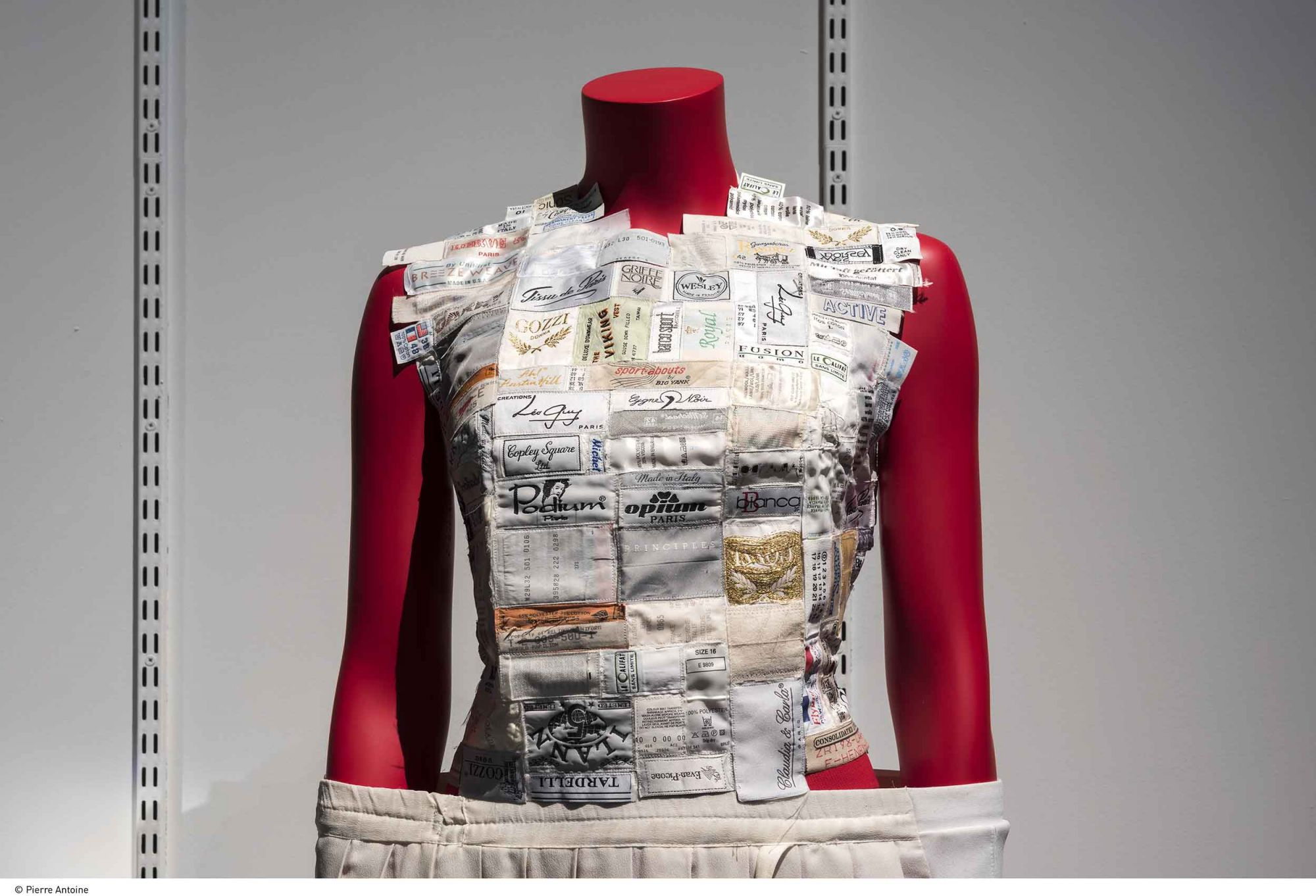 5 Ways Martin Margiela Challenged Fashion