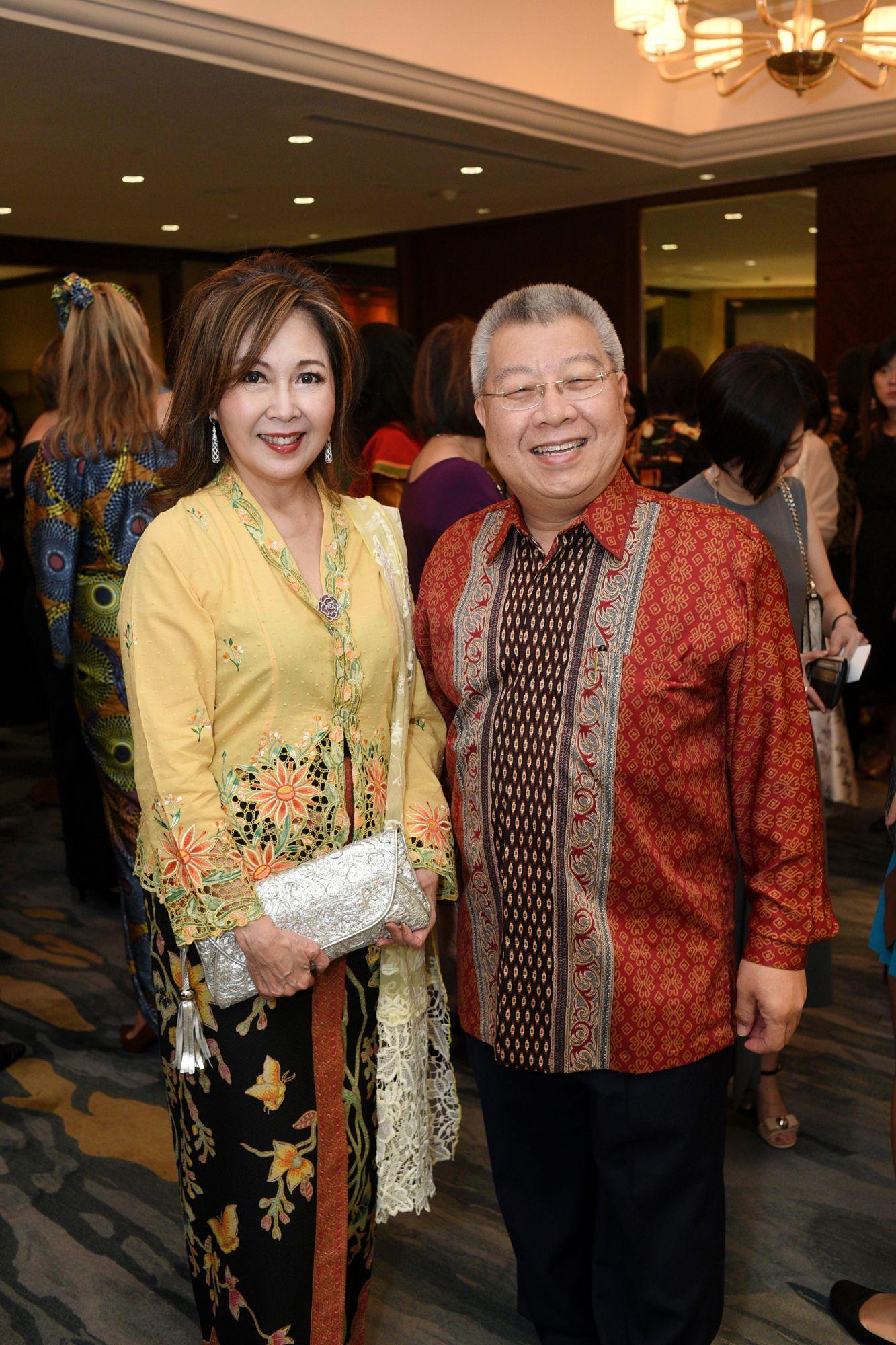 Laura Hwang, Kevin Tan