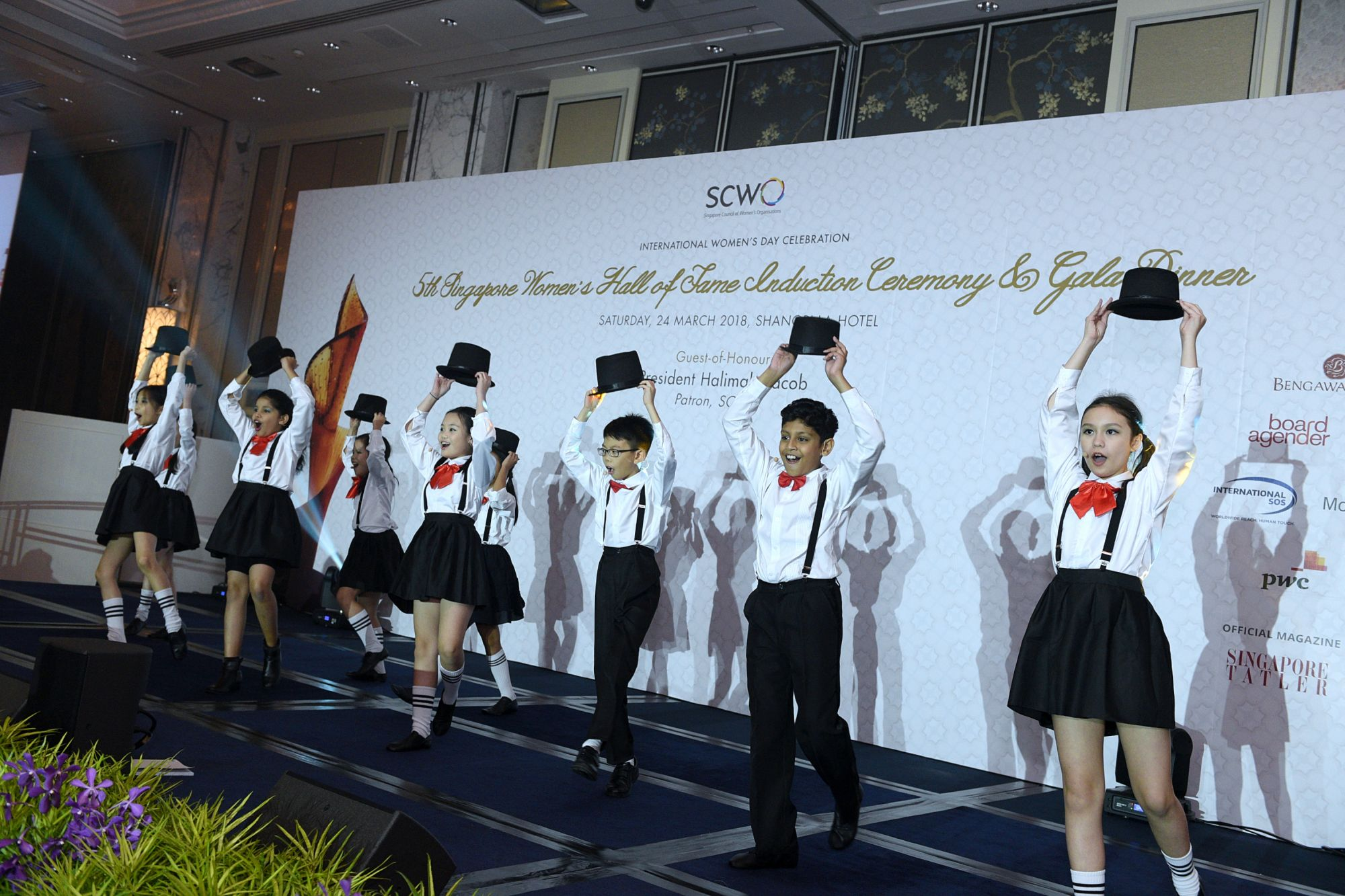The young performers from the Kids Performing Academy of the Arts