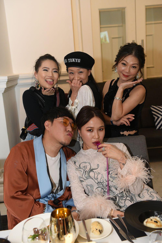 Vanessa Ng, Dana Cheong, Angela Ng, Dawn Koh, Desmond Lim