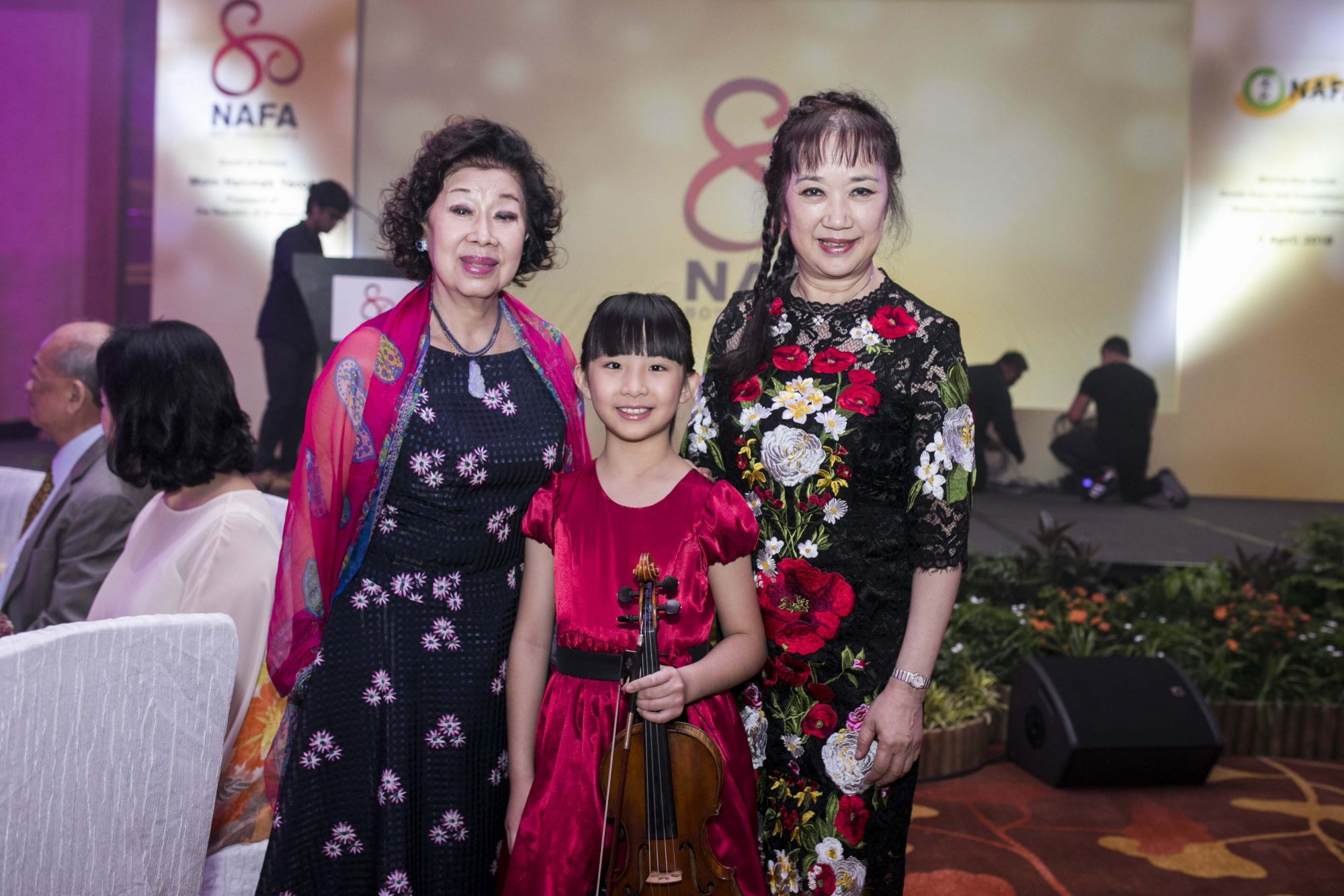 Tan Choo Leng, Chloe Chua, Fang Yuan