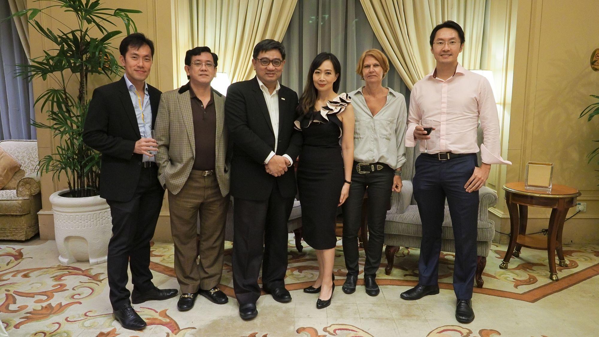 Sean Quek, Peter Tan Shou Yi, Rizwi Wun, Irene SM Lee, Jutta Odenwaelder, Steven Yeah