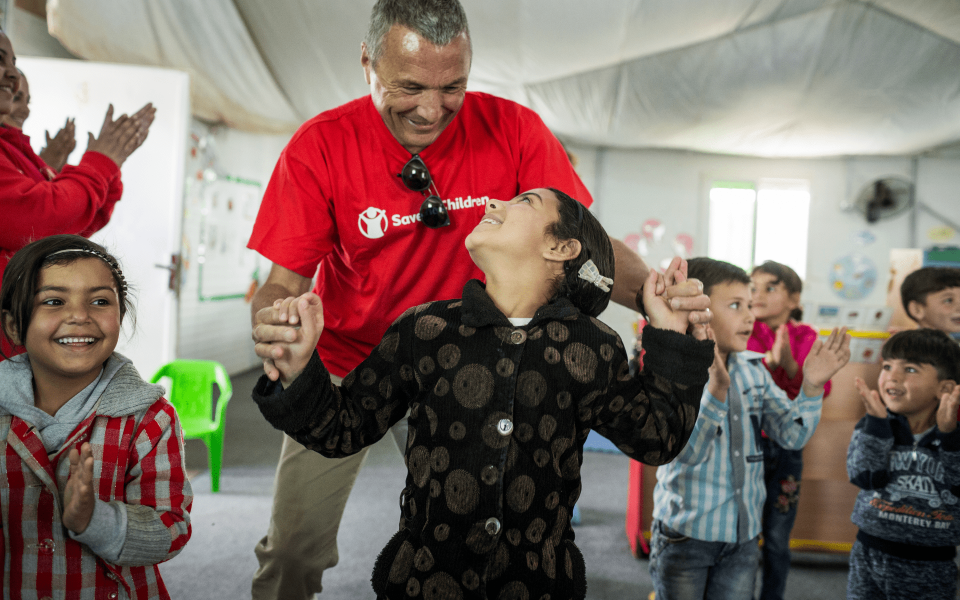 Jean-Christophe Babin interacting with students at one of the pre-schools in Za'atari (Photo: Bulgari)