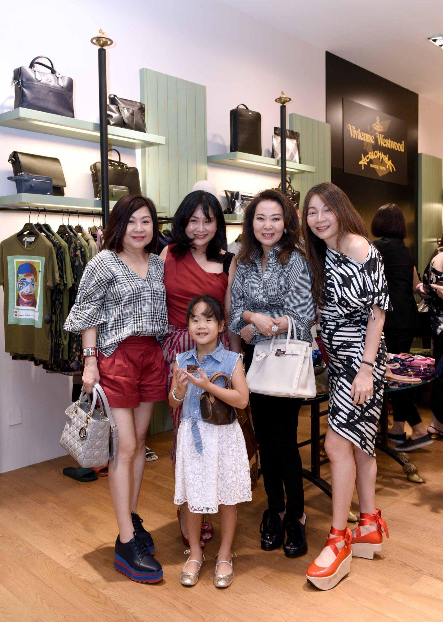 Lilian Low, Selina Low, Joyce Ang, Stella Mok