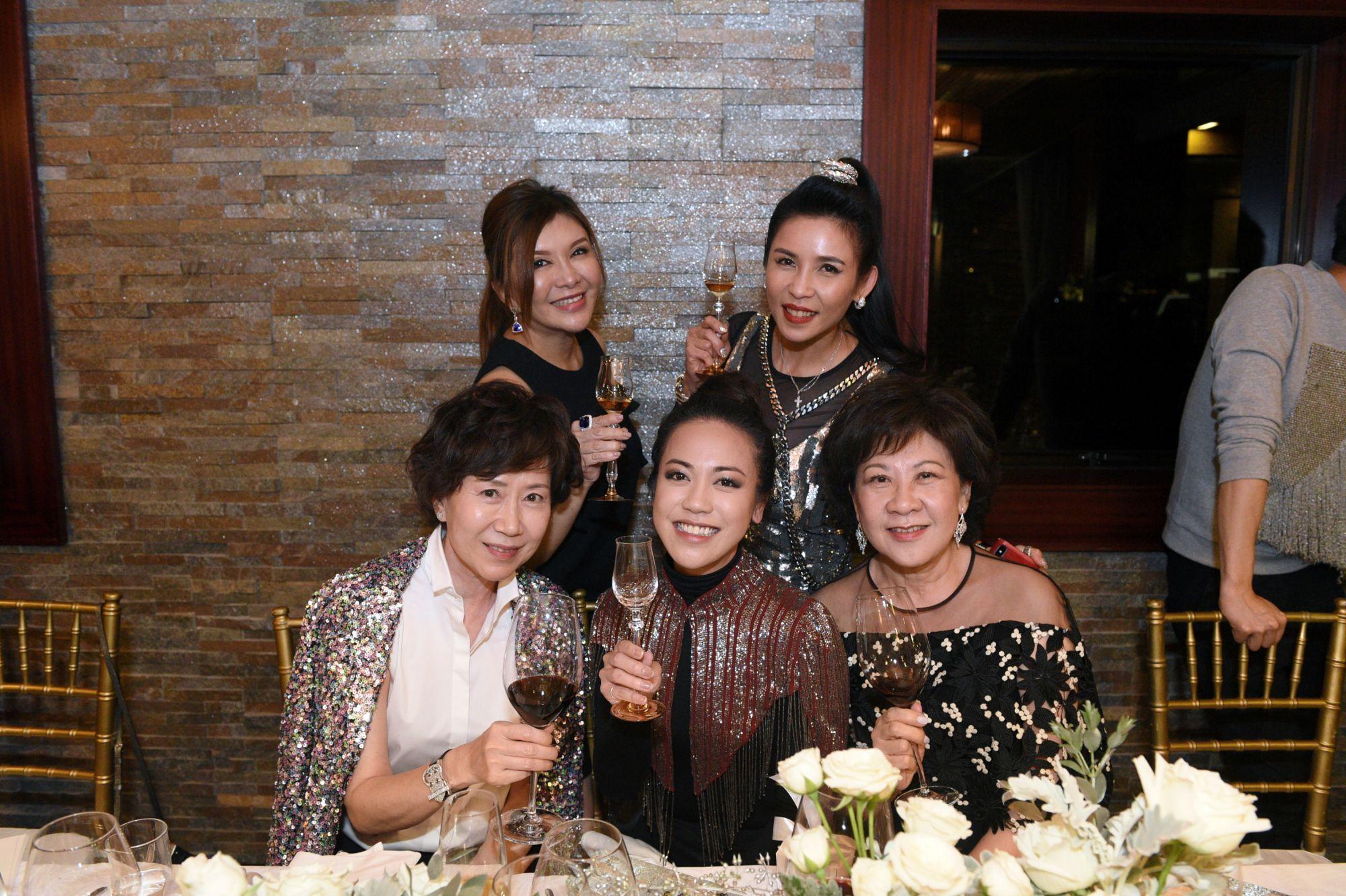 Nancy Ong, Belinda Chua, Carmen Ow, Fanty Soenardy, Ow Pui Yee