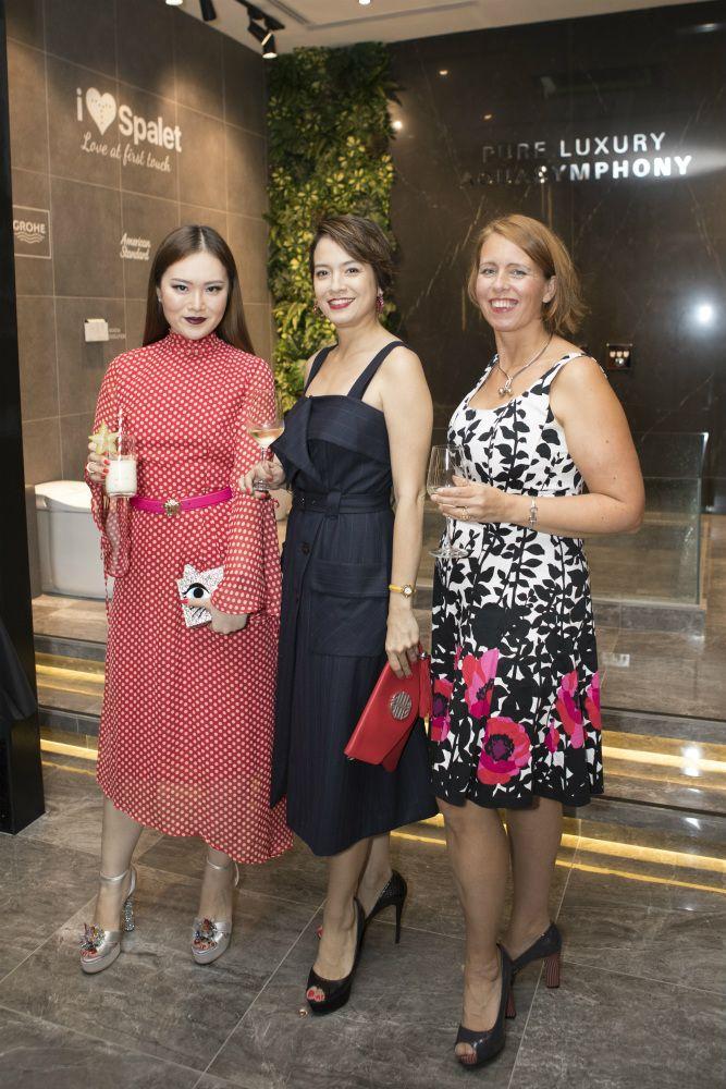 Sabrina Ho, Angelique Teo, Ingela Johansson