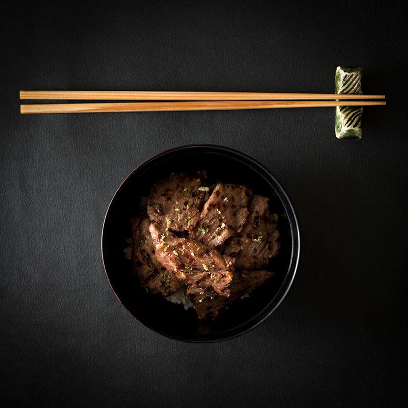 Grilled Ohmi wagyu beef set on rice (Photo: Courtesy of Waku Ghin)