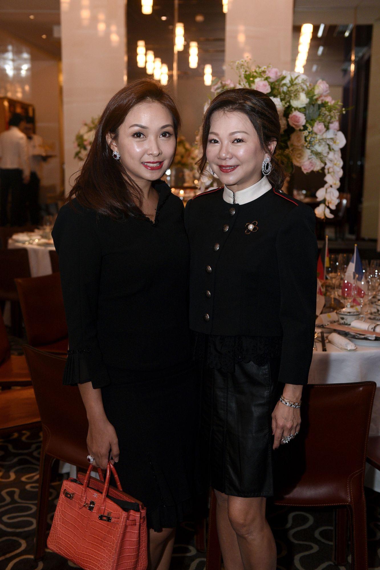 Kelly Keak, Angela Ng