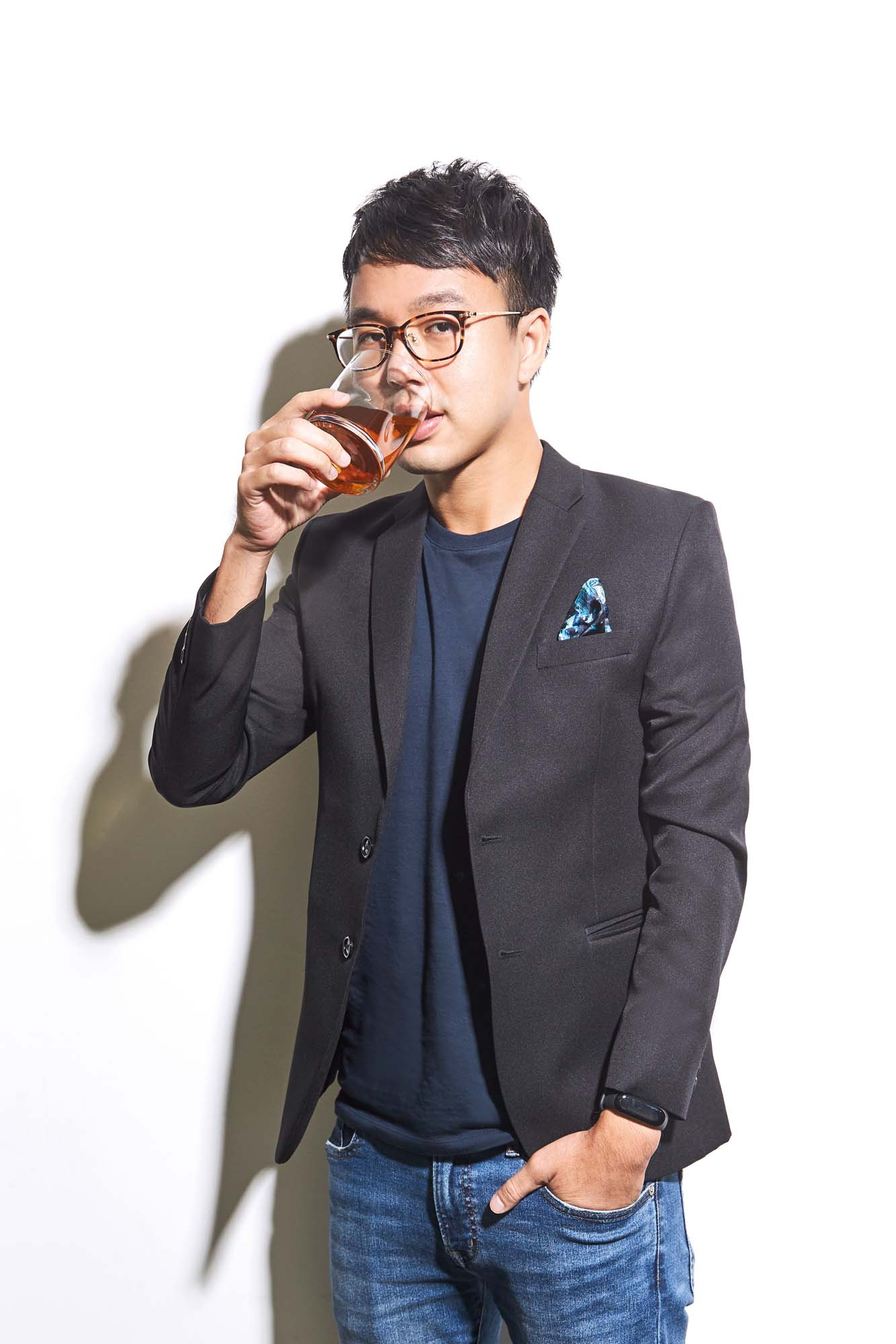 Photography: Mark Lee; Grooming: Angel Gwee, using Kevin.Murphy and Parfums Christian Dior; Pocket square: Era Ora