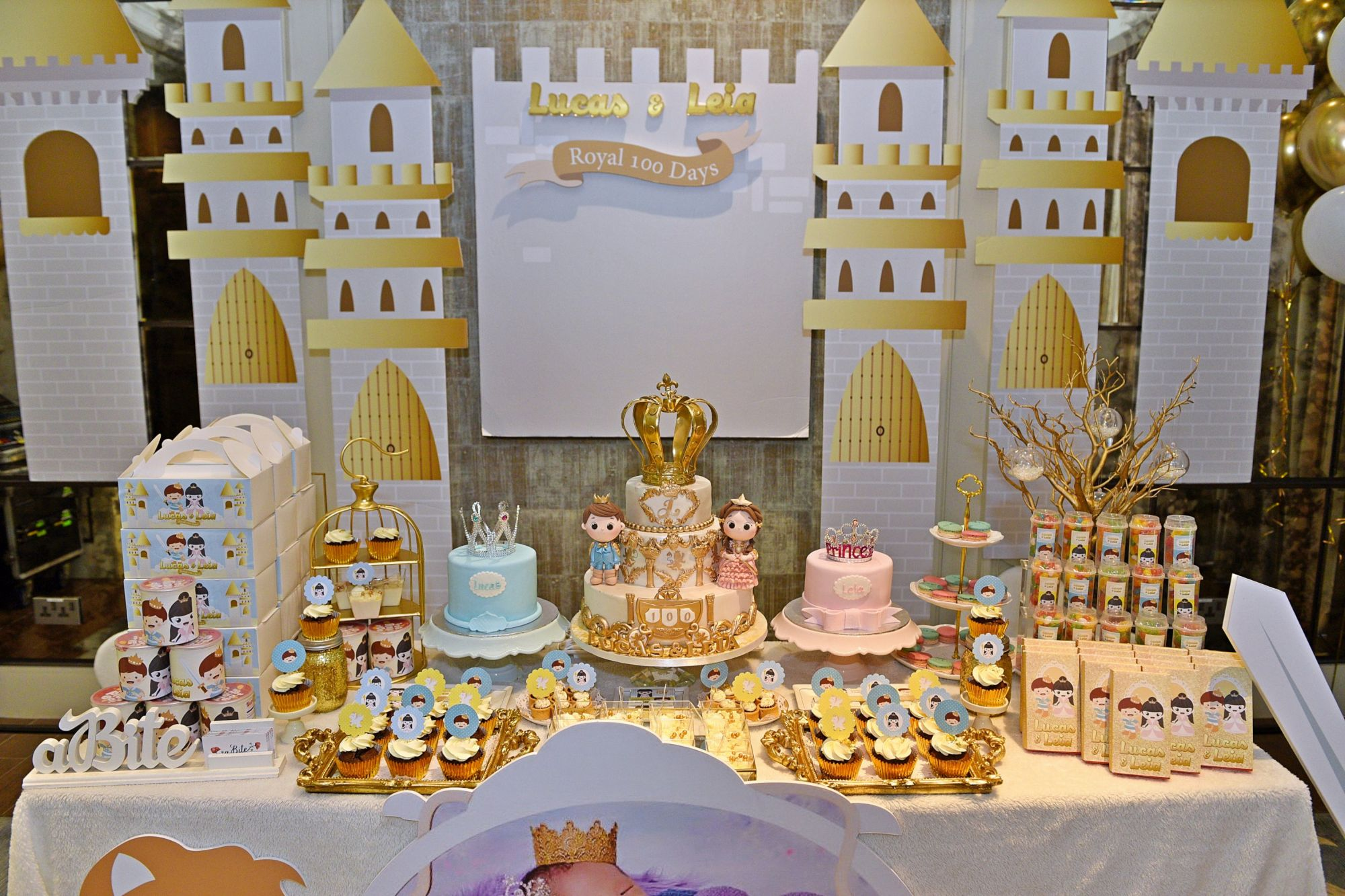 Dessert table, cake and decor by Abite