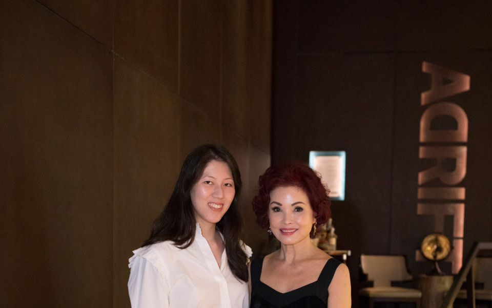 Zeena Tan, Linda Soo-Tan