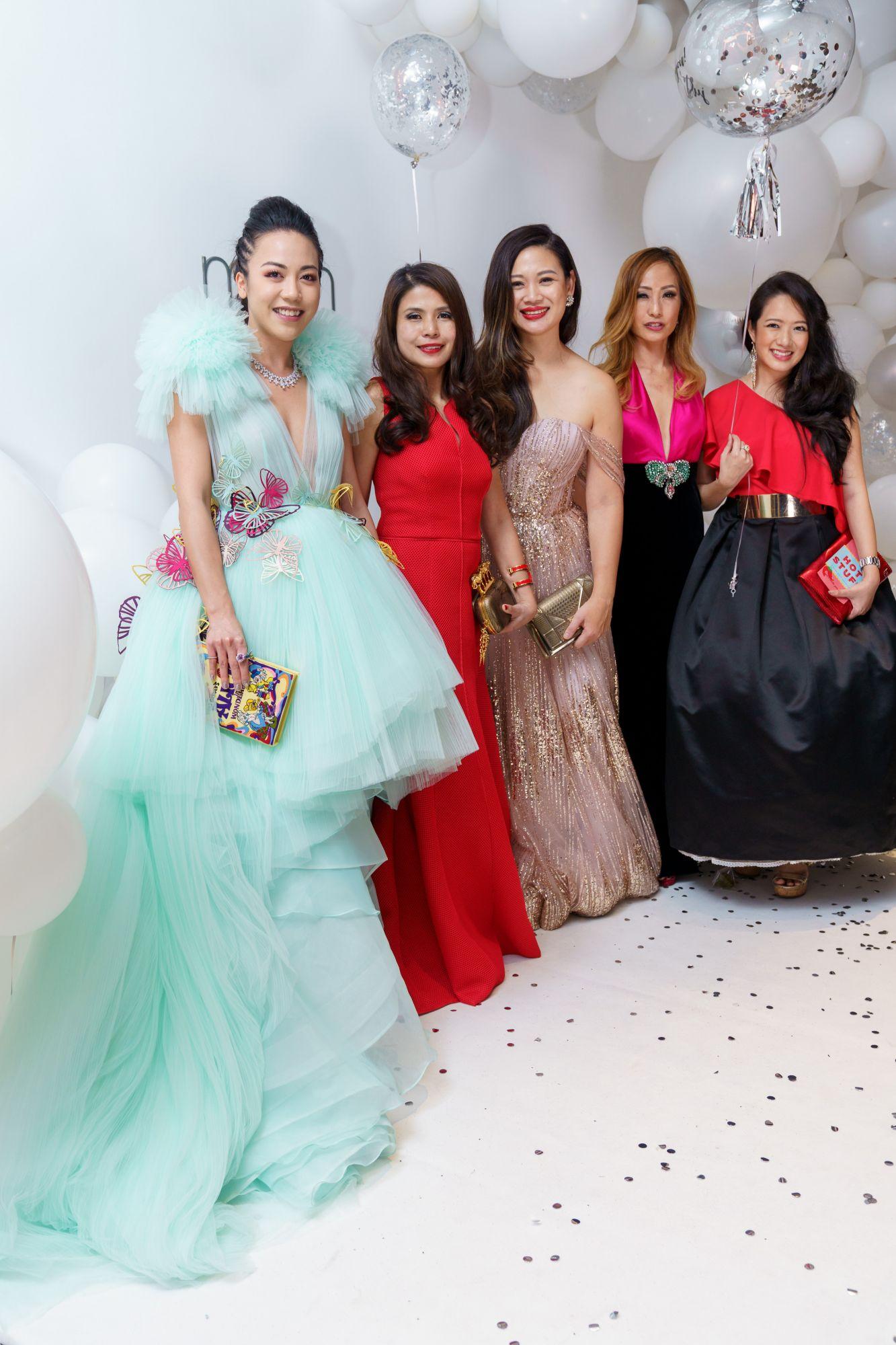 Carmen Ow, Marilyn Lum, Tjin Lee, Tan Min-Li, Elaine Kim