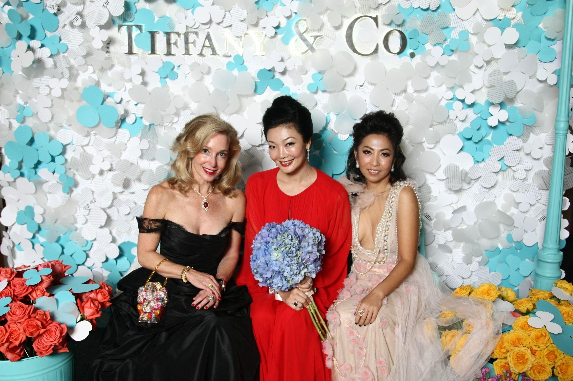 Paige Parker, Maisy Koh, Clarinda Tjia-Dharmadi