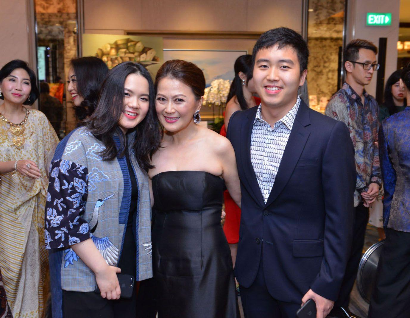 Claudia Kwan, Anna Kwan, Dominic Kwan