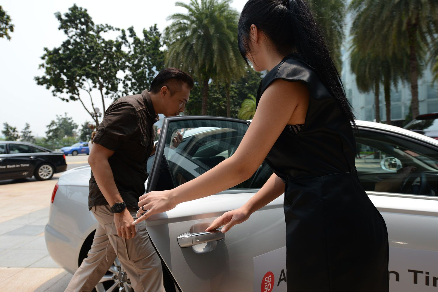 drive by simon tay About peter tay peter tay of peter tay studio is the celebrity interior designer to stars, such as zhang ziyi, wang leehom, stephanie sun and zoe tay.