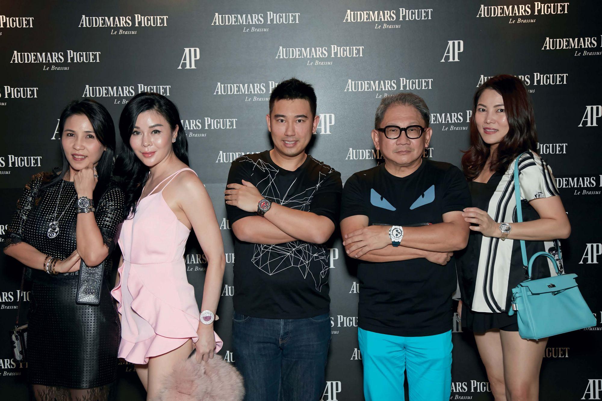 Fanty Soenardy, Sharel Ho, Calvin Chan, Mark Poh, Wendy Poh