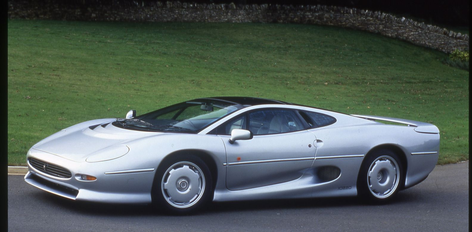 The Jaguar XJ220 Will Finally Have Tires Produced For It Again