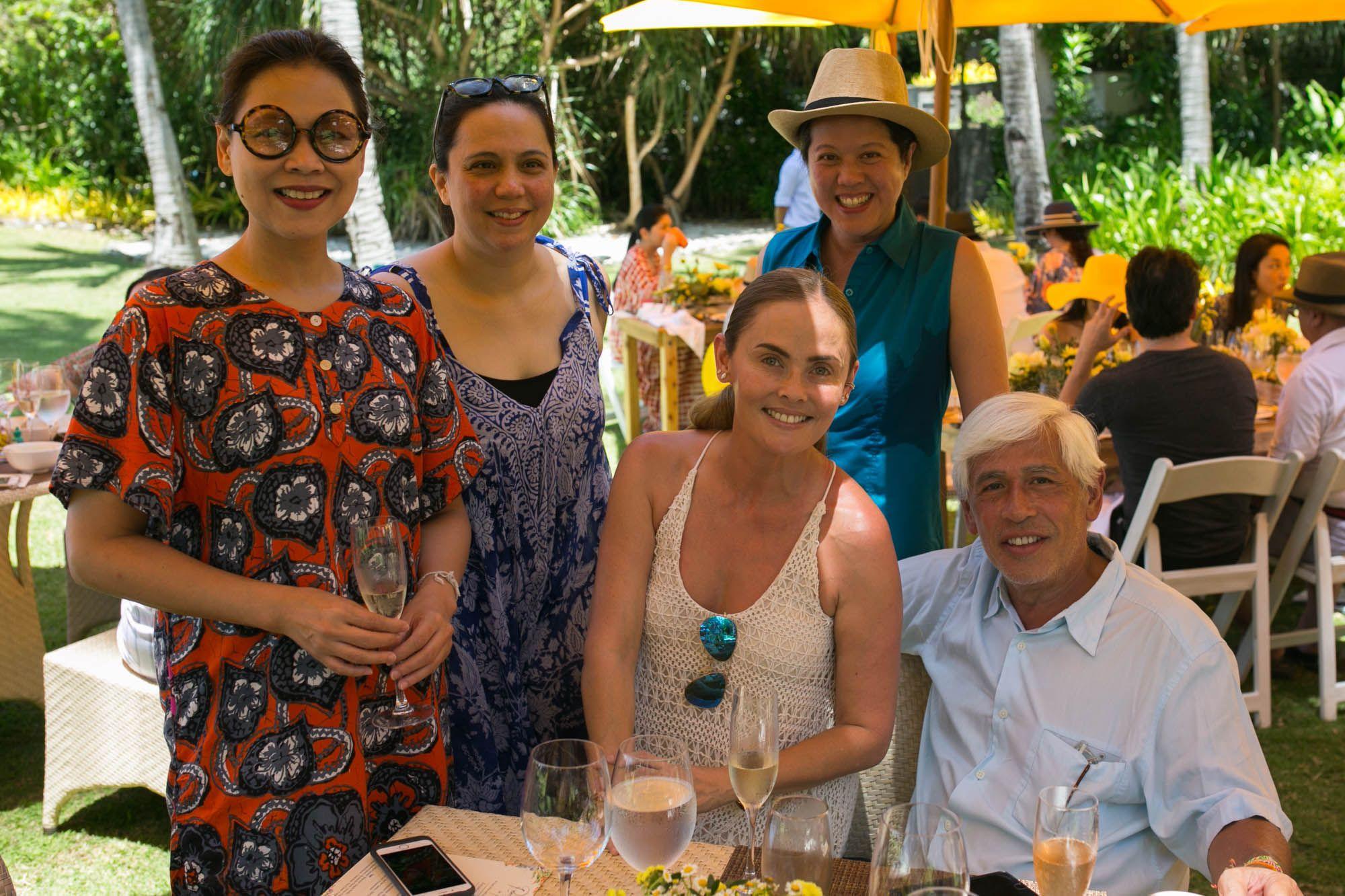 Liza Llarde Cuenca, Alicia Sy, Joanna Preysler, Yvette Fernandez, Raul Manzano