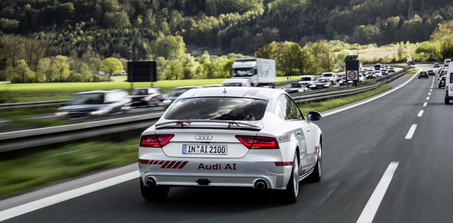 Audi Establishes A Centre Of Research For SelfDriving Cars - Audi self driving car