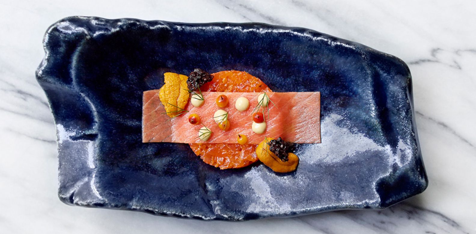 Gravlax and sea urchin (Photo: Signe Birck)