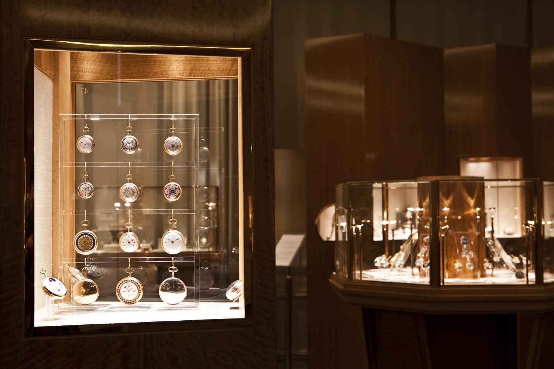 百達翡麗博物館by Patek Philippe。