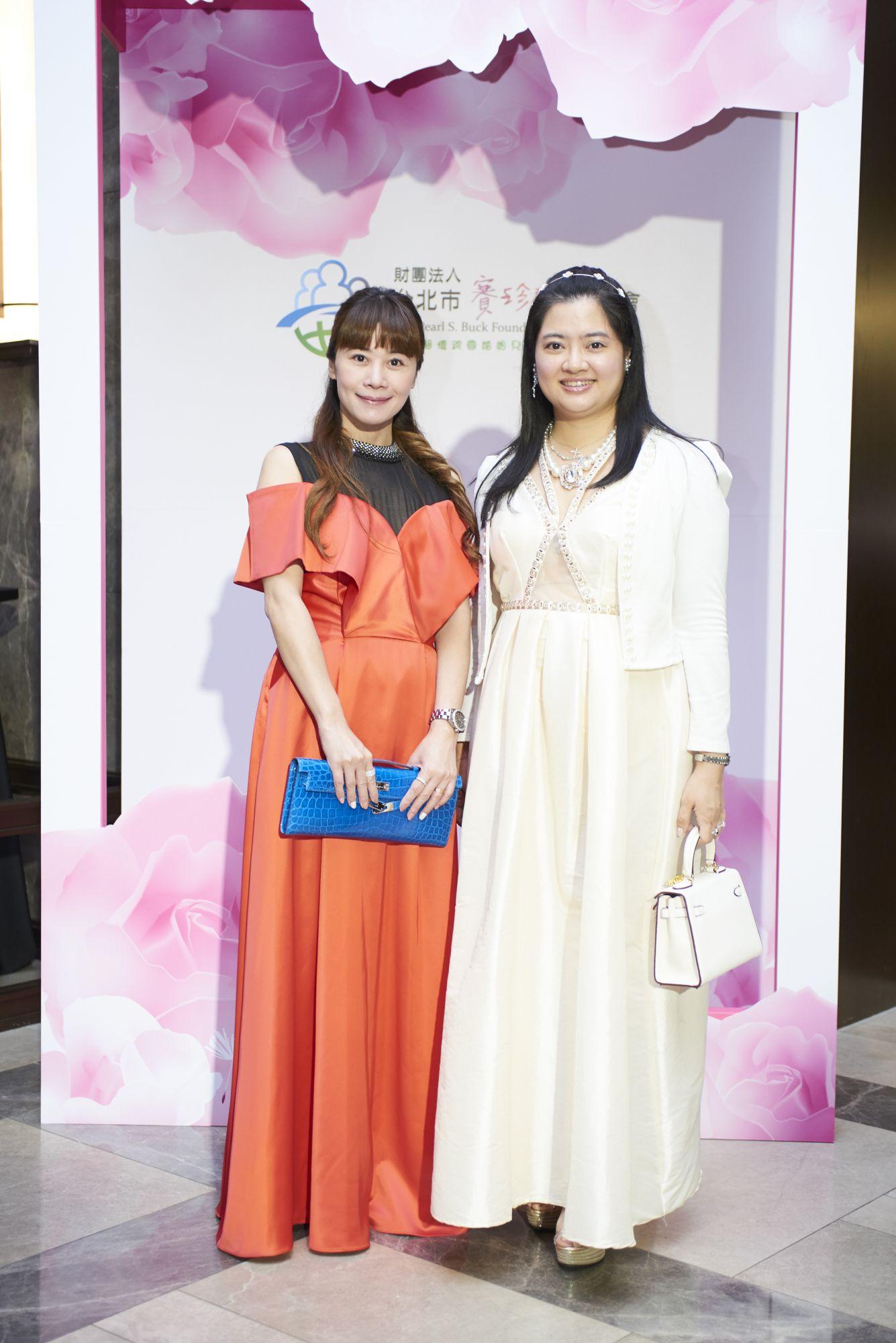 李佳霈與王怡惠