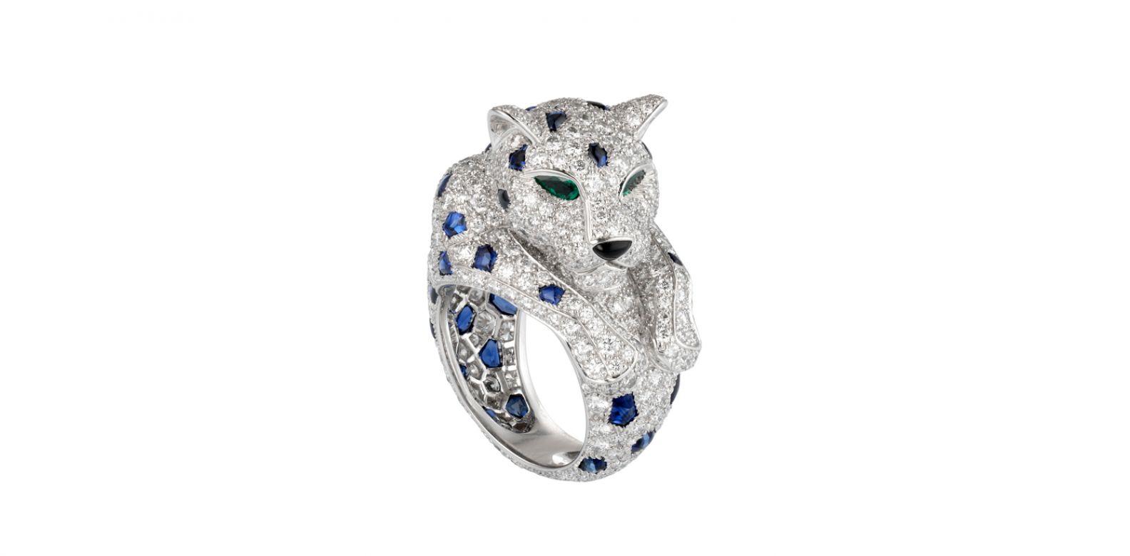 Panthère de Cartier 美洲豹藍寶石斑點戒指。(圖片提供/Cartier)