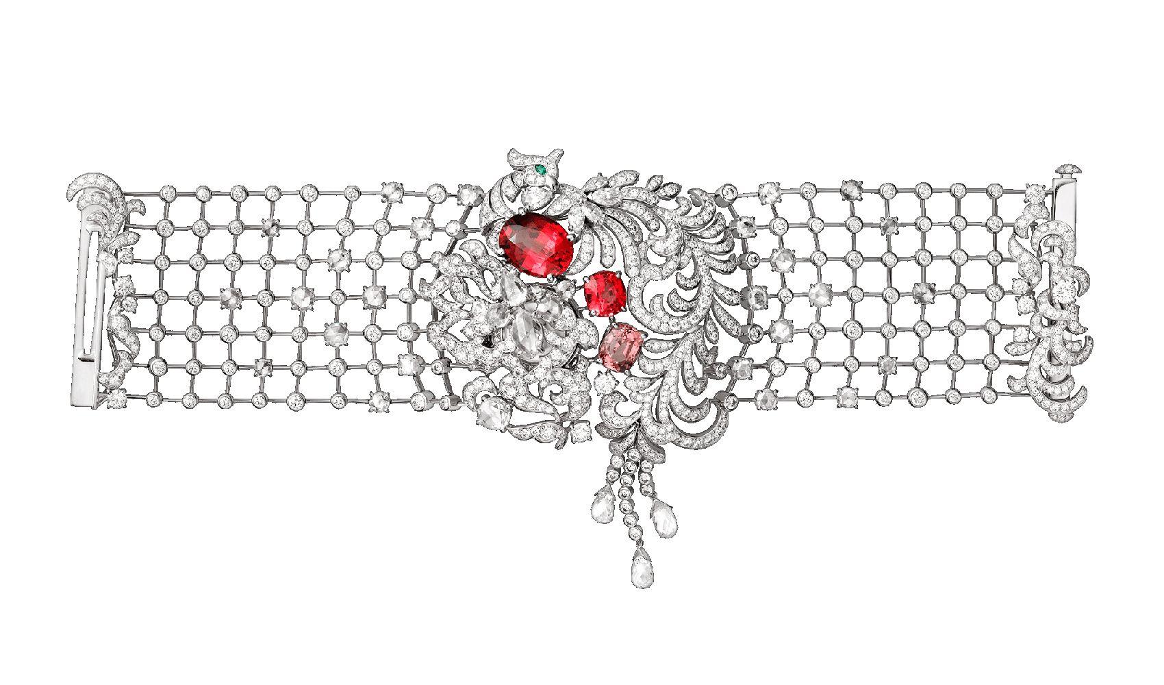 鳳凰造型頂級珠寶神秘錶by Cartier。