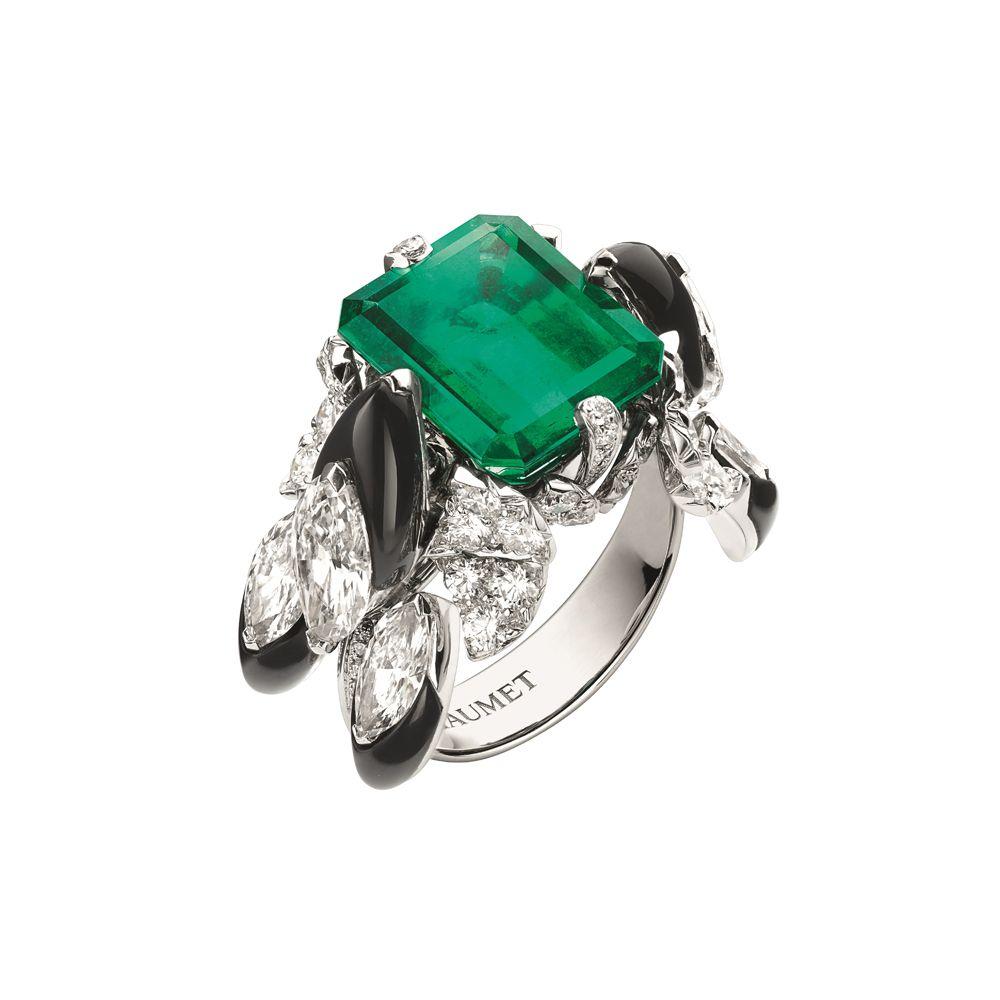 Cascades Royales祖母綠戒指。(圖片提供/CHAUMET)