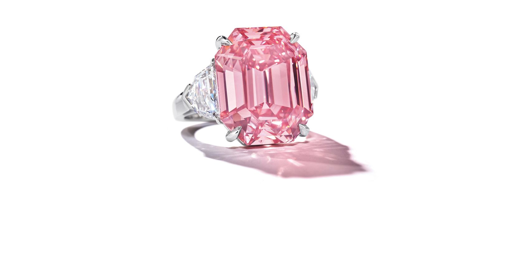 HARRY WINSTON收購18.96克拉Fancy Vivid Pink鑽石,續寫鑽石傳奇篇章