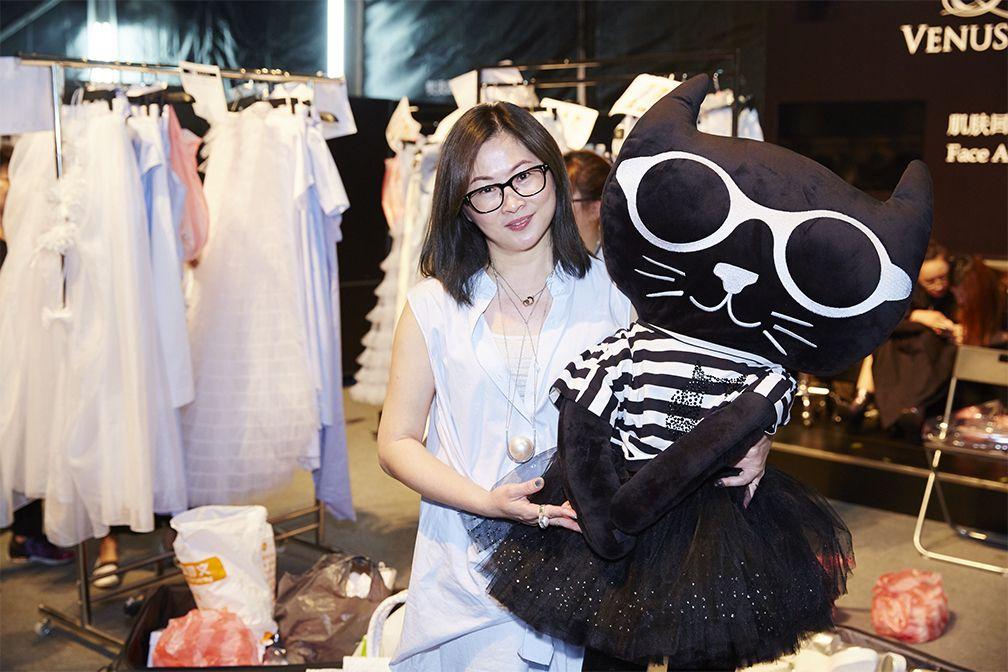 徐明美以「敢秀 就搶眼!」開啟台北魅力展首場時裝秀