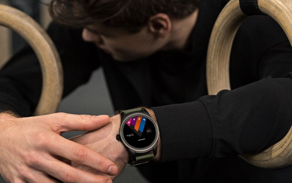 Montblanc Summit智能腕錶
