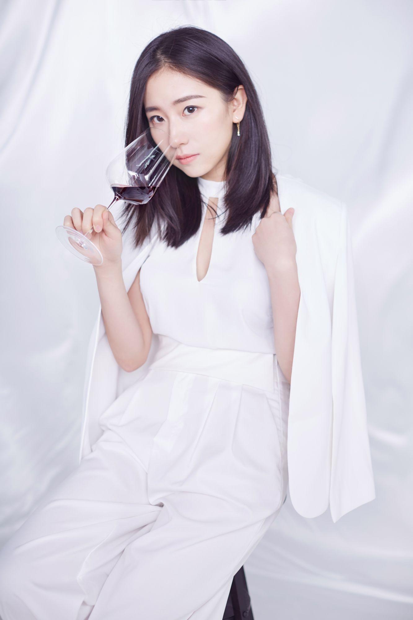 Wang Shenghan (Karla)