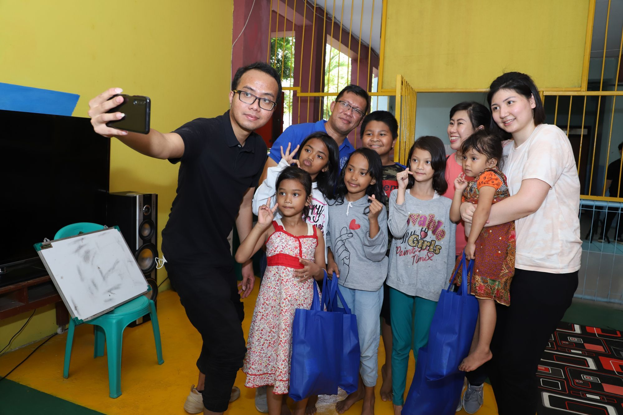 Connect To Change: Raising Environmental Awareness In Indonesia